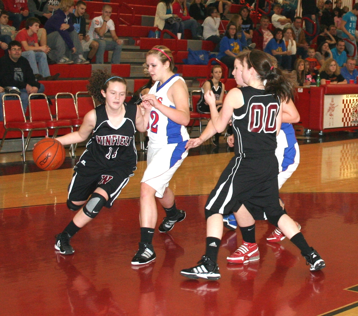 Girls Elem District 068.jpg